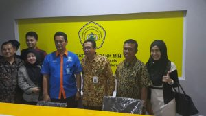 PERESMIAN LABORATORIUM BANK MINI